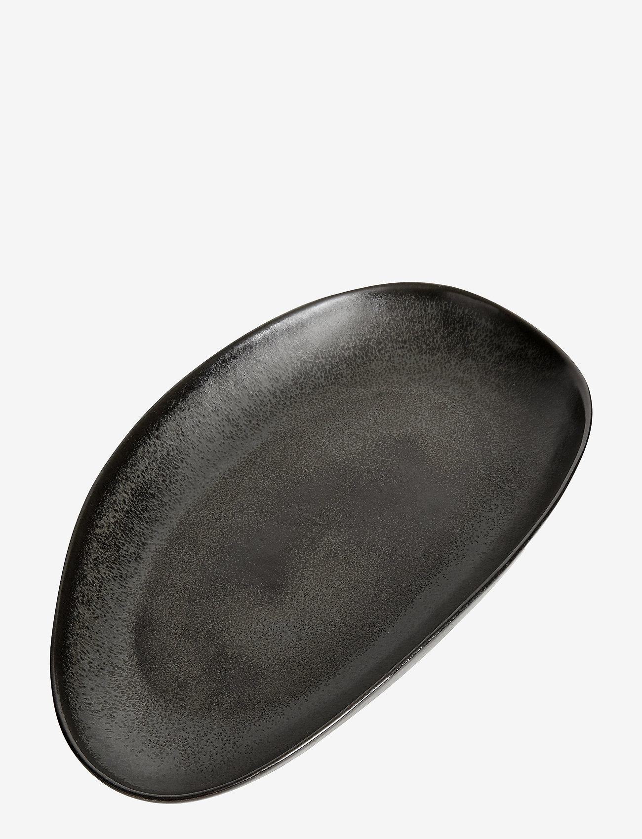 Muubs - Oval tray Mame M - serveringsfat - kaffe - 1