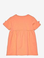 name it - NMFFARHANA LIGHT SWEAT DRESS UNB - kleider - cantaloupe - 1