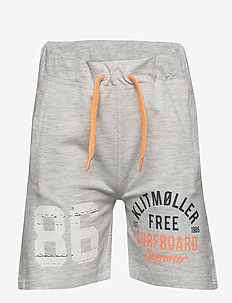 NKMHUGORM SWEAT SHORTS BOX UNB - shorts - light grey melange