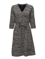 Nanso - Ladies Dress, Nuudeli