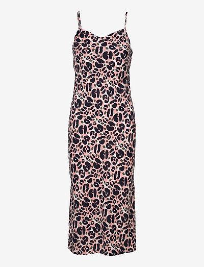 Ladies dress, Lulu - sommerkjoler - light pink