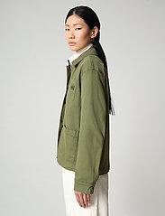 Napapijri - ALIE - overshirts - green cypress - 4