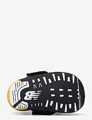 New Balance - CV574AQP - chaussons pour bébés - black/yellow - 4