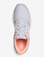 New Balance - W520LG6 - running shoes - light cyclone - 3