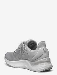 New Balance - WROAVSS2 - running shoes - light grey - 2