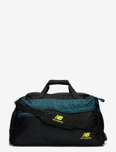 ESSENTIALS DUFFEL - træningstasker - black