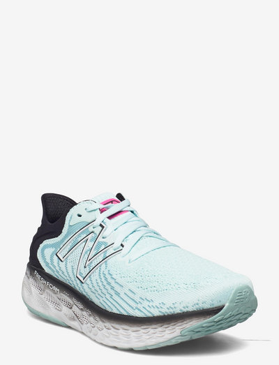W1080L11 - running shoes - pale blue chill