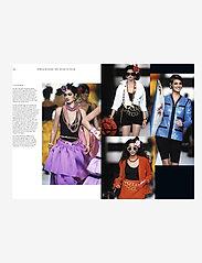 New Mags - Chanel Catwalk - shop etter pris - black - 3