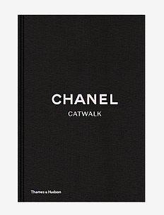 Chanel Catwalk - shop etter pris - black