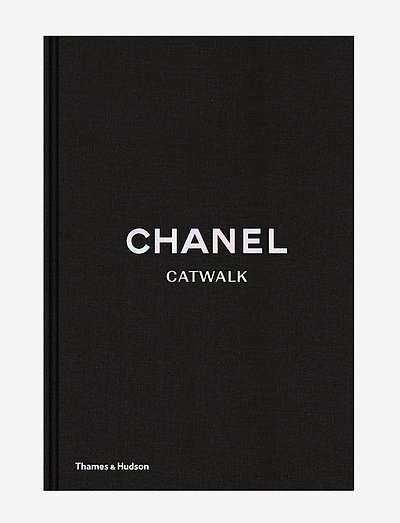 Chanel Catwalk - böcker - black