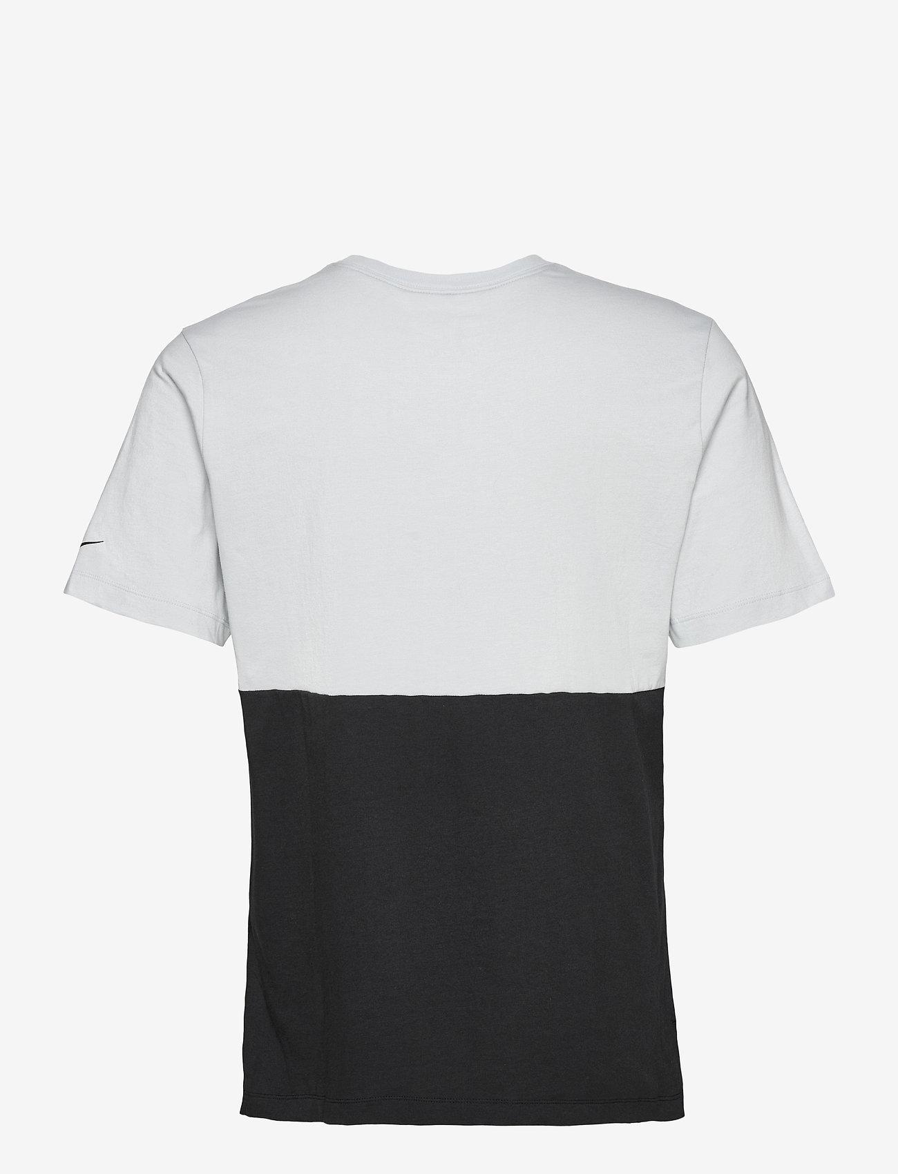NIKE Fan Gear Las Vegas Raiders Nike Logo Name Colorblock T-Shirt - T-skjorter FIELD SILVER / BLACK - Menn Klær