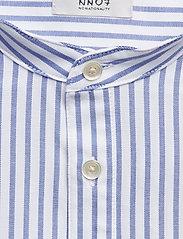 NN07 - Eske 5910 - peruspaitoja - blue stripe - 2