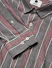 NN07 - Falko 5051 - avslappede skjorter - navy stripe - 3
