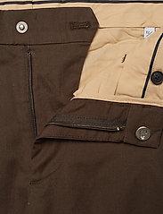 NN07 - Theo 1500 L30 - pantalons chino - brown - 4