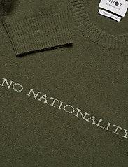 NN07 - Edward Logo 6333 - pulls col rond - leaf green - 3