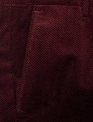 NN07 - Scott 1427 L34 - suitbukser - burgundy red - 1