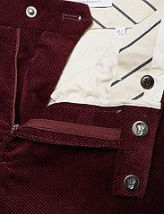 NN07 - Scott 1427 L34 - suitbukser - burgundy red - 2