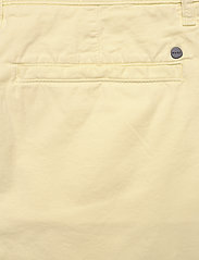 NN07 - Crown Shorts 1004 - chinos shorts - yellow pastel - 4