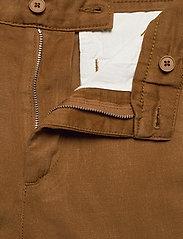 NN07 - Crown Shorts 1363 - short chino - canela brown - 3