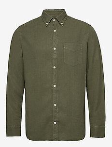 Levon Shirt 5029 - peruspaitoja - leaf green