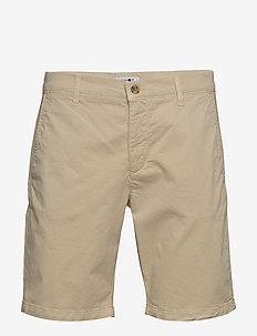 Crown Shorts 1004 - spodenki chinos - kit