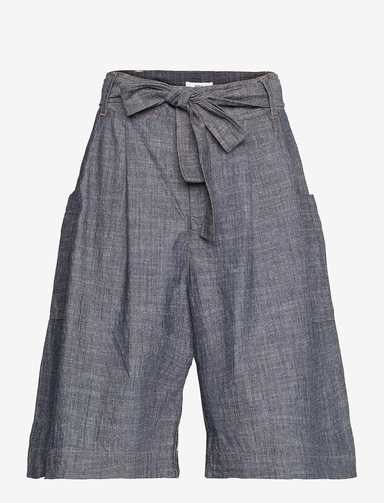 Noa Noa - Shorts - bermudas - denim dark blue - 0