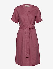 Noa Noa - Dress short sleeve - midi jurken - rose wine - 0