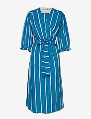Noa Noa - Dress long sleeve - wikkel jurken - art blue - 1