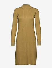 Noa Noa - Dress long sleeve - gebreide jurken - bronze mist - 0