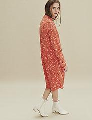 Noa Noa - Dress long sleeve - blousejurken - print red - 0