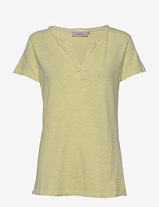 T-shirt - basic t-shirts - lemon grass