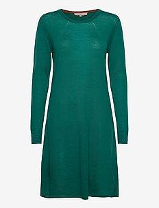 Dress long sleeve - midiklänningar - mallard green