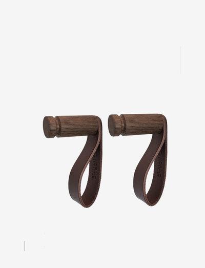 More hook, 2 pcs - krokar & hängare - smoked oak/brown leather