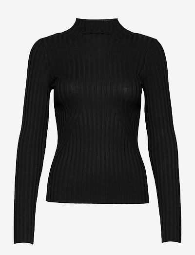 Karlina LS top - pulls - black