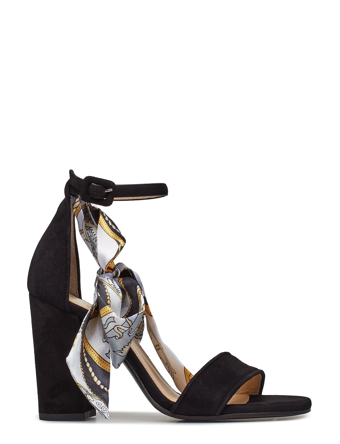 1498b4de355 BLACK SUEDE NOTABENE Akira højhælede sandaler for dame - Pashion.dk