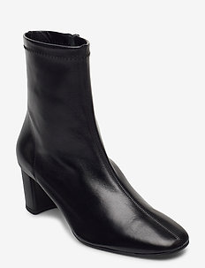 Light - ankelboots med klack - black leather