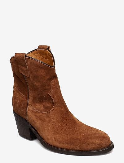Anna - ankelstøvler med hæl - brown suede