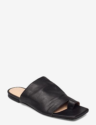 Natalia - flate sandaler - black leather