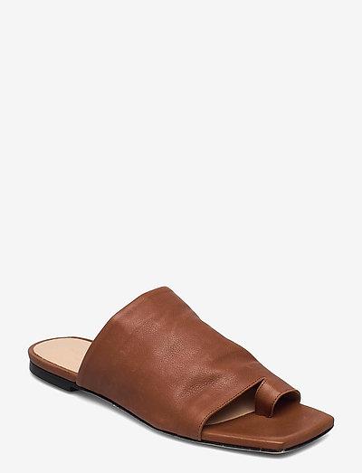 Natalia - flate sandaler - brown leather