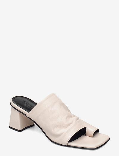 Ariana - mules & slipins - white leather