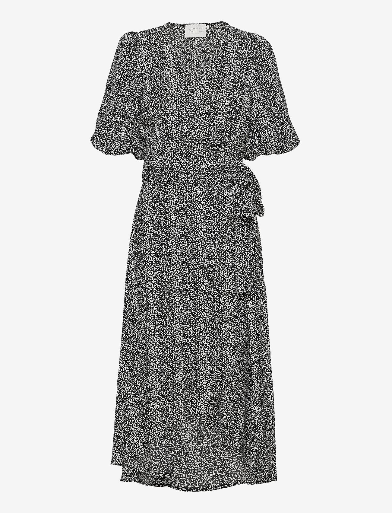 Notes du Nord - River Recycled Wrap Dress - omlottklänningar - pixel - 0