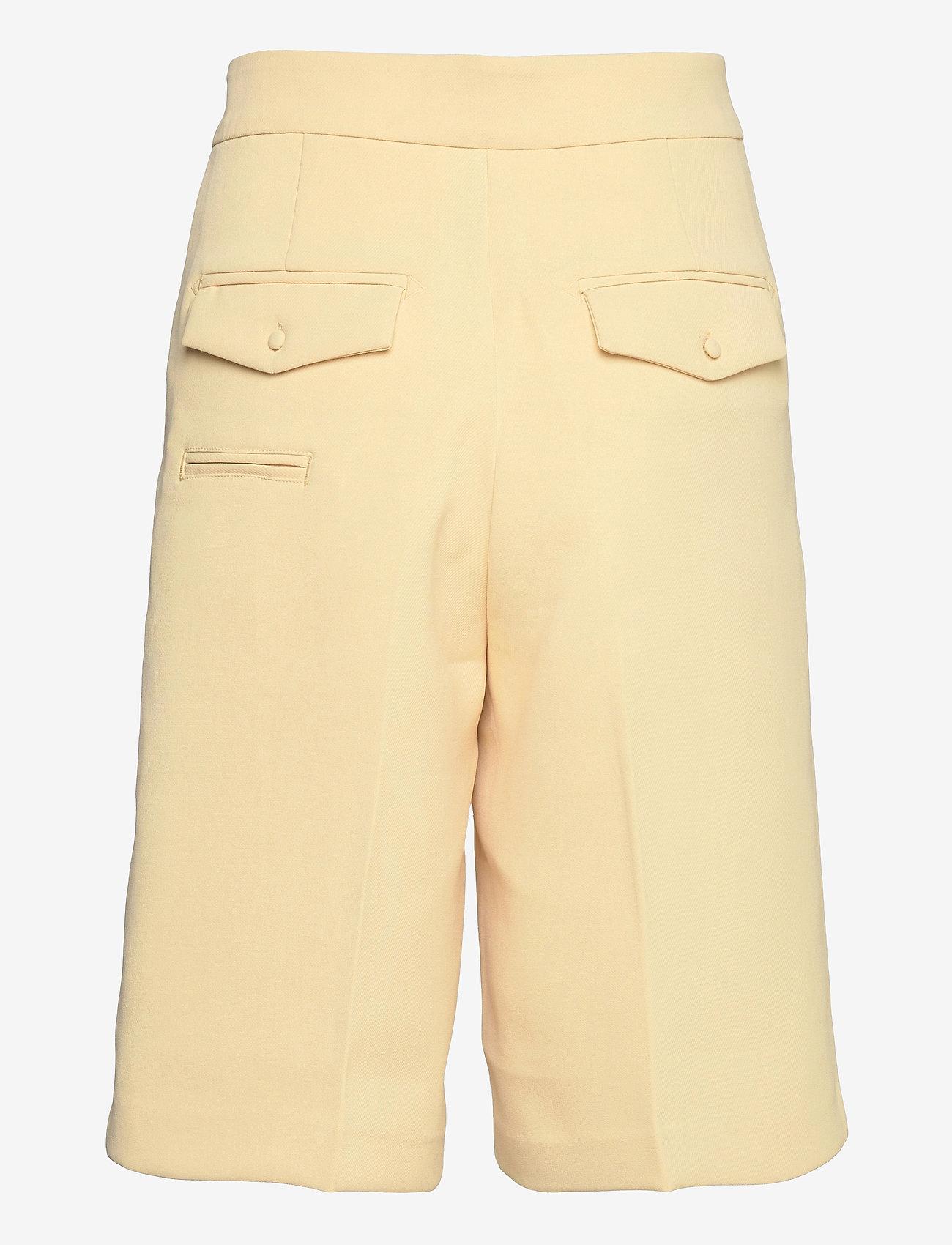 Notes du Nord - Tiffany Shorts - bermudas - soft lemon - 1