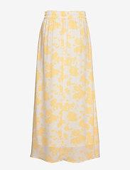 Notes du Nord - Orchid Recycled Skirt P - maxikjolar - lemon flower - 1