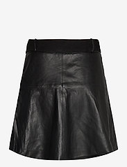 Notes du Nord - Parker Leather Skirt - korta kjolar - noir - 1