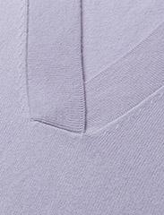 Notes du Nord - Ikka Cashmere Top - cachemire - purple mist - 2