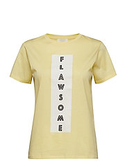 Kimmie T-Shirt - LEMON DROP