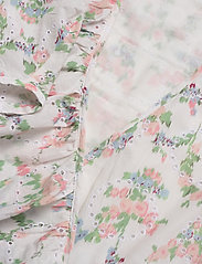 Notes du Nord - Patricia Top - kortärmade blusar - romantic flower - 2