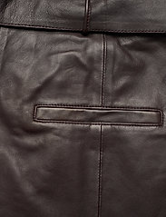 Notes du Nord - Sydney Leather Pants - skinnbyxor - dark chocolate - 5