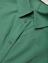 Notes du Nord - Whitney Dress - vardagsklänningar - green stripe - 2