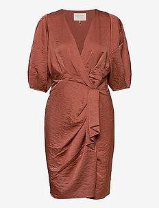 Penelope Recycled Dress - omlottklänning - vintage rose